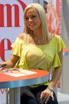 AVN Expo 2010 (78)